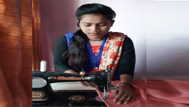Skill made Parul  self-reliant help  her family….